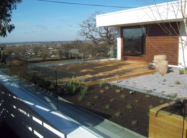 Rooftop Garden with Decking and Glass Balustrade