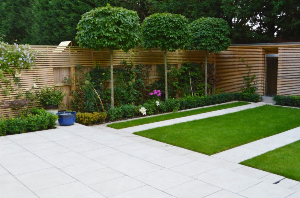 Town gardens and courtyard gardens for Contemporary gardens