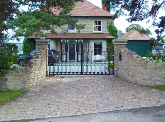 Stone Walling and Wrough Iron Gate